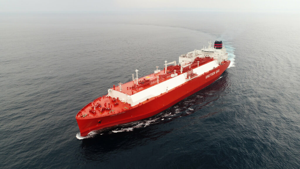 PGNiG charters Knutsen duo to ferry U.S. LNG to Poland