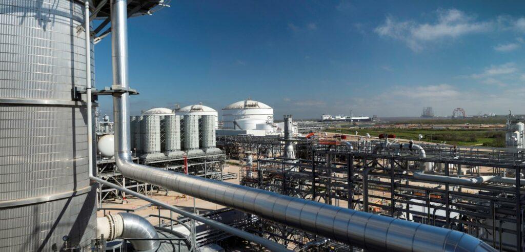 U.S. weekly LNG exports dip