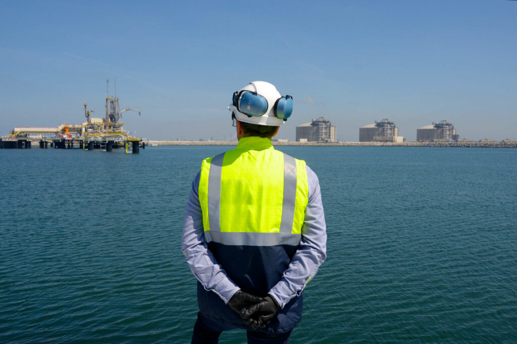 Dunkerque LNG adapts jetty for small-scale LNG carriers