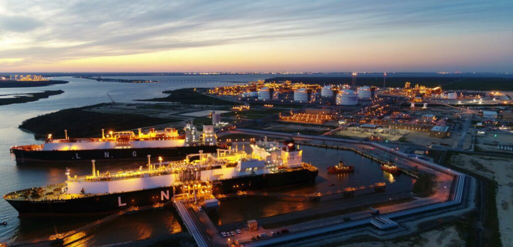 U.S. LNG exports slip in the first week of 2021