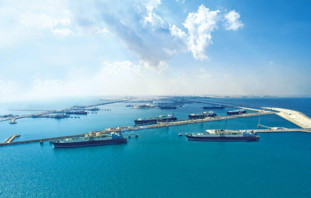 Qatar Petroleum plans emissions cuts by 2030