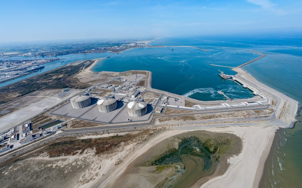 Dunkerque LNG to test small-scale services interest