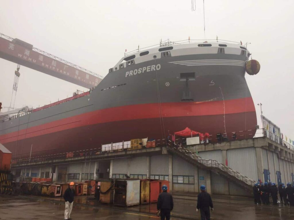 Donsötank Rederi's LNG-fueled tanker launched in China
