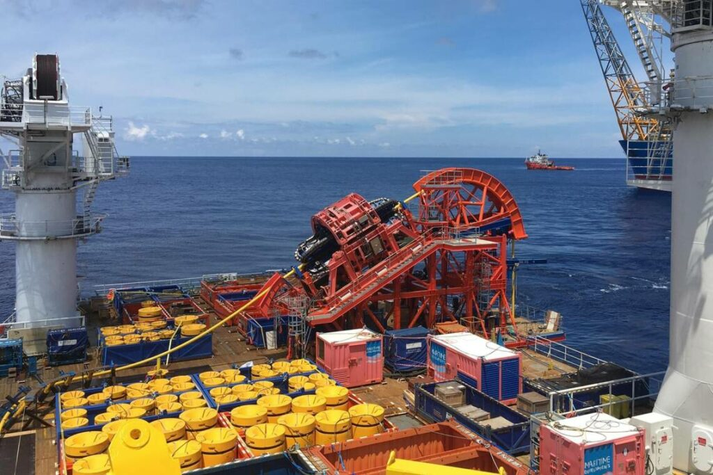 MDL HLS spread for SURF lay project offshore China