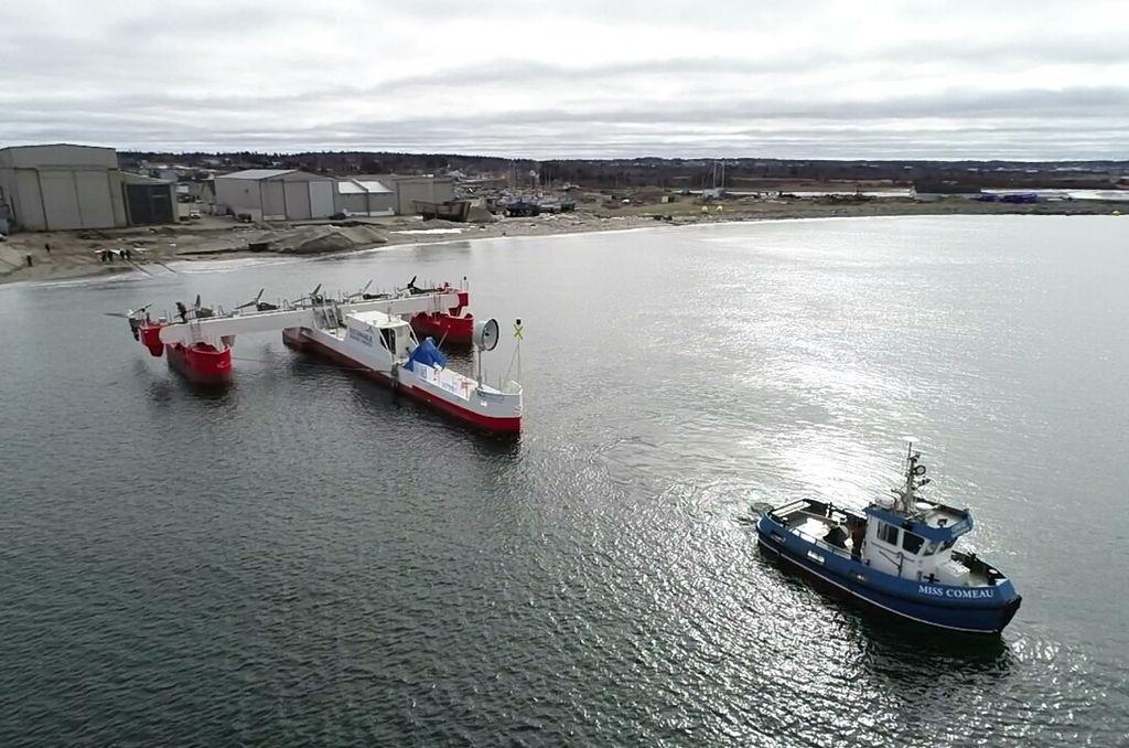 Photo of PLAT-I 6.40 floating tidal energy platform (Courtesy of Sustainable Marine Energy)