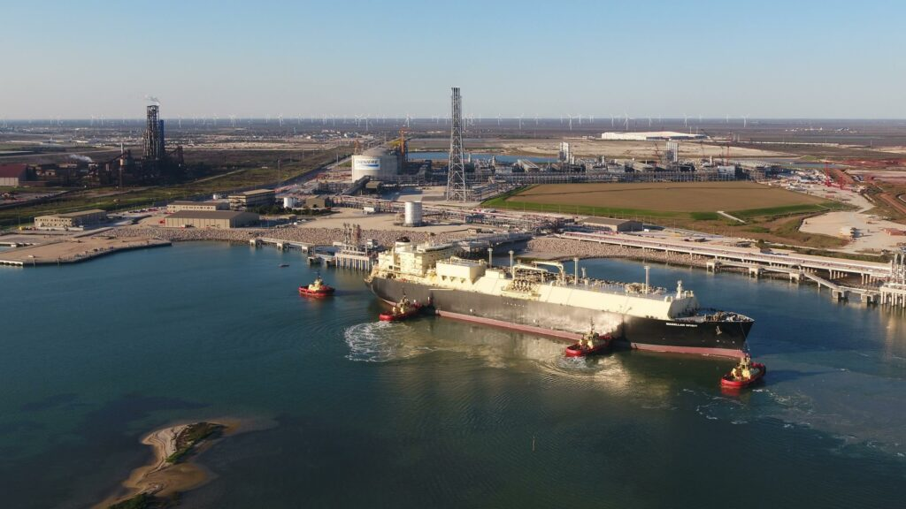 EIA U.S. LNG exports outpacing pipeline exports