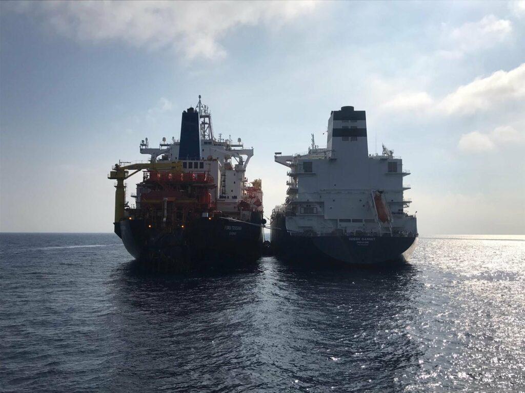 Höegh LNG extends Trafigura, Cheniere charter deals