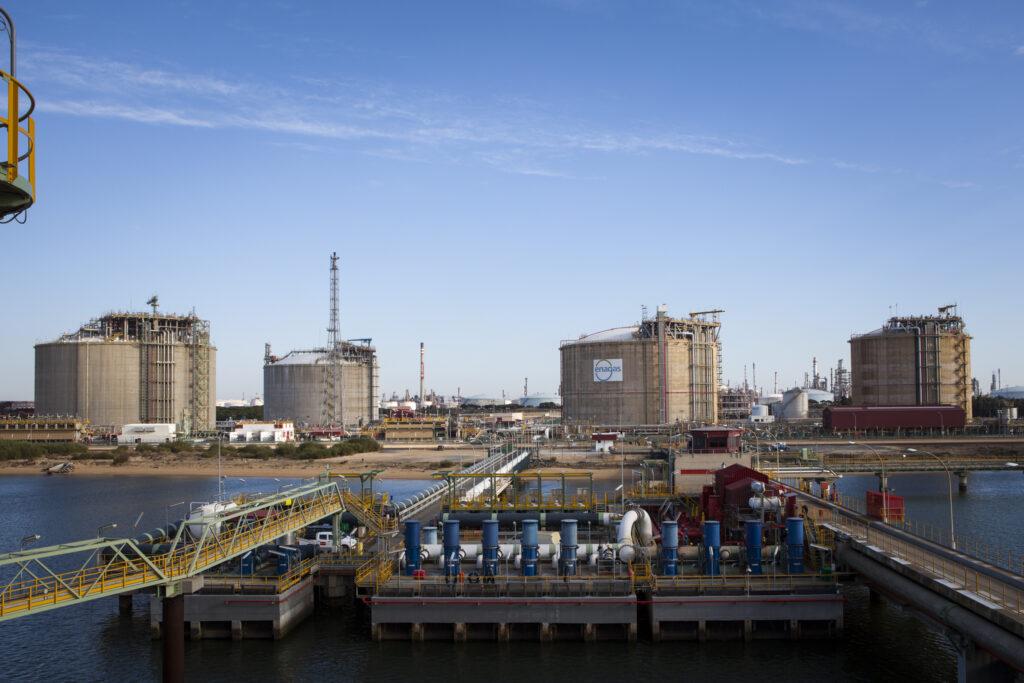 Spain's January LNG imports slip