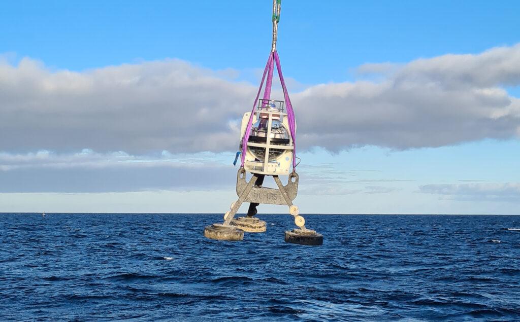 Sonardyne subsea sensors deployment