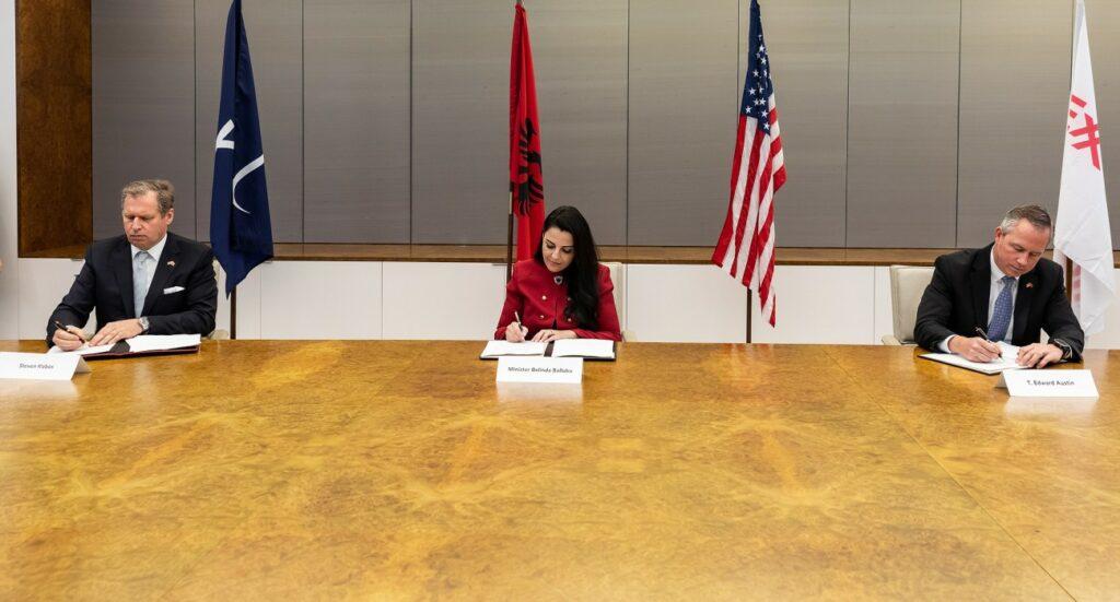 Excelerate, ExxonMobil to run Albania LNG terminal study