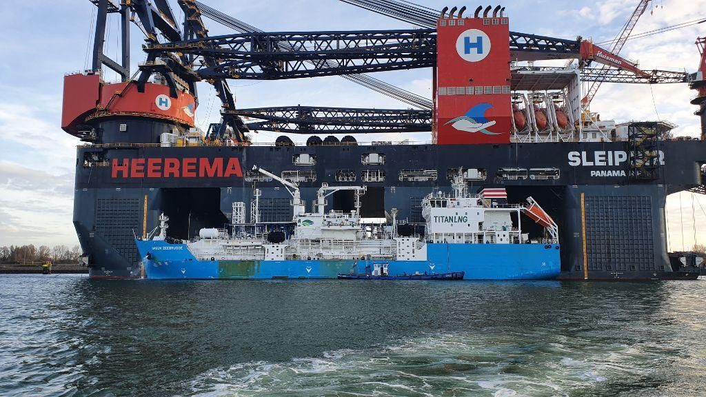 Titan completes gassing up of Heerema's LNG-fueled Sleipnir