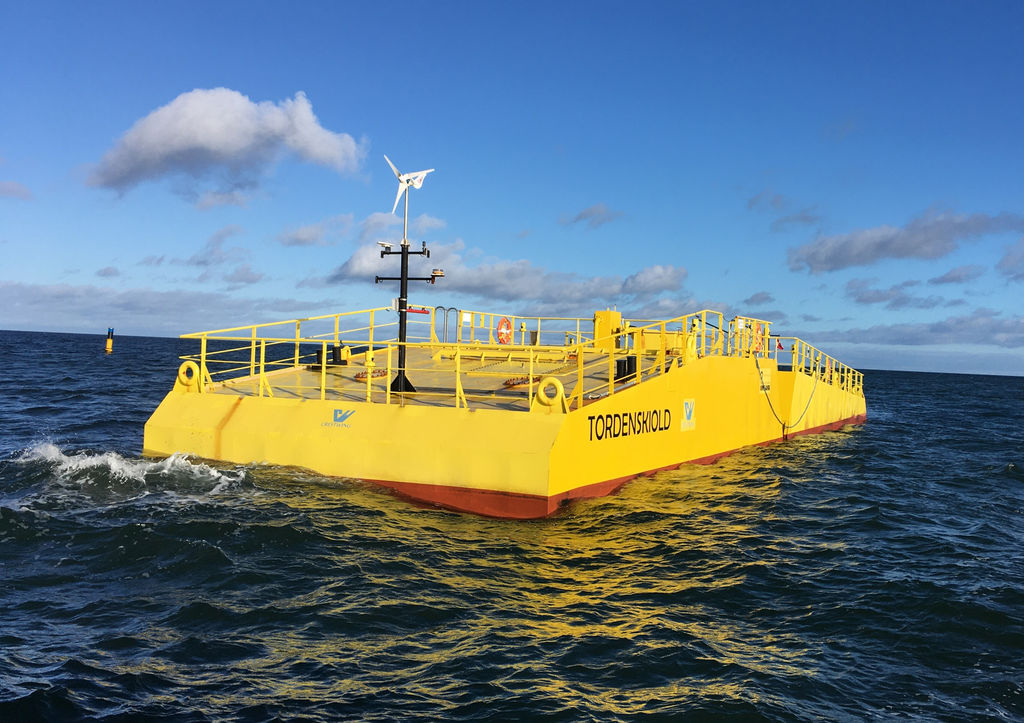 Photo of Crestwing's Tordenskiold wave energy prototype (Courtesy of Crestwing)