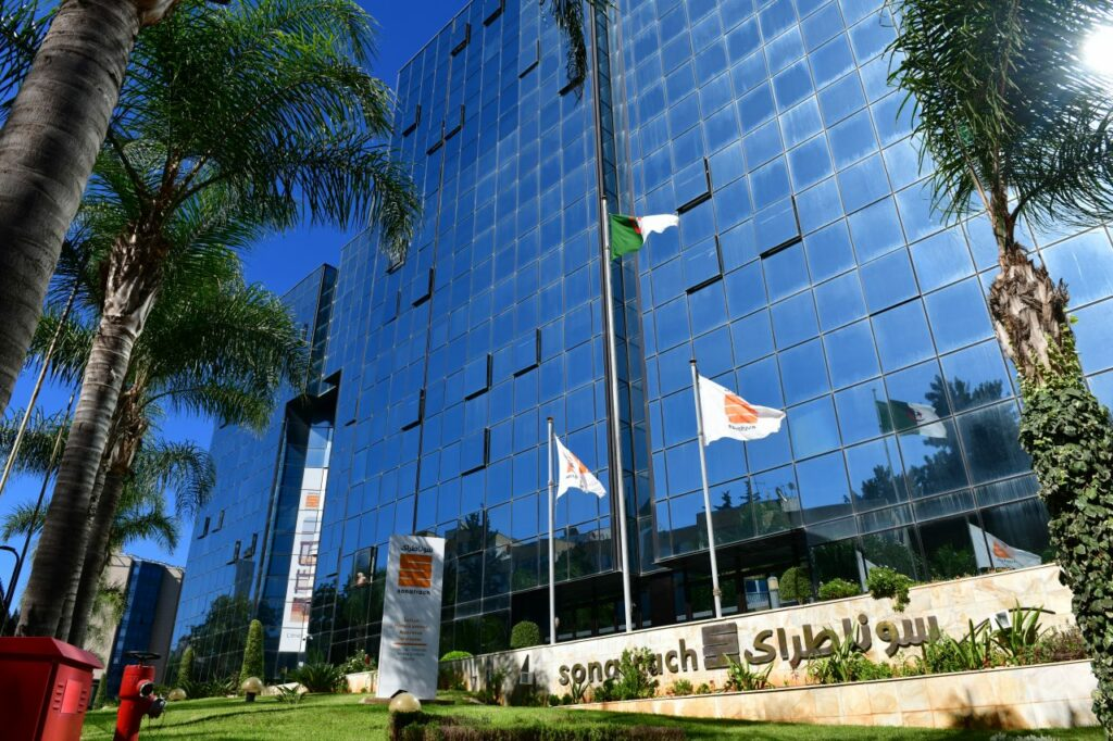 Eni and Sonatrach strengthen energy cooperation