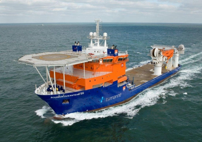 Photo of the construction support vessel (CSV) Southern Ocean (Courtesy of Oceanteam)