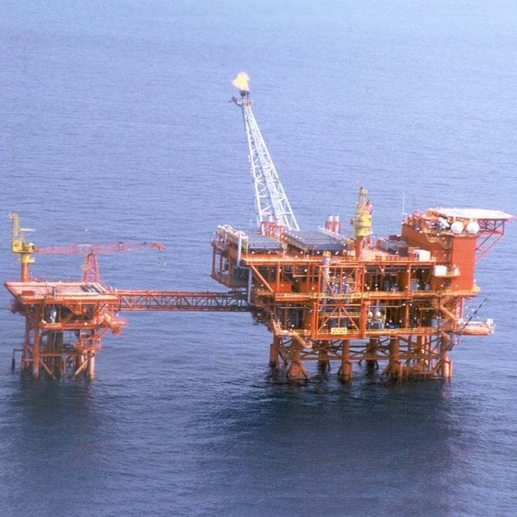 Yetagun platform off Myanmar - Petronas