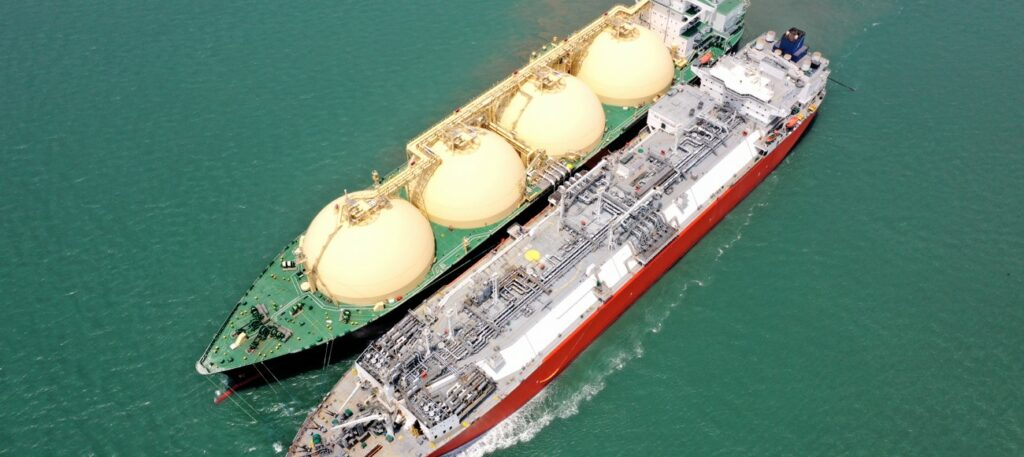 Excelerate Energy completes 2000th STS LNG operation