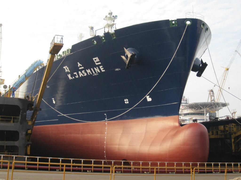 K. Jasmine LNG tanker undergoing repairs at Samkang S&C yard