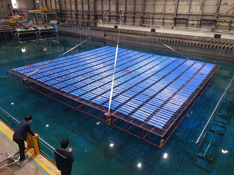 Photo showing the offshore floating solar model under tests at KRISO's tank (Courtesy of KHNP)