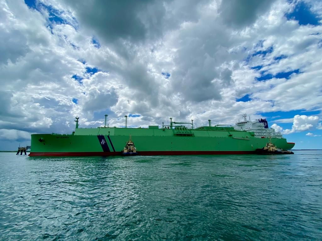 BW Lesmes loads first cargo at Darwin LNG
