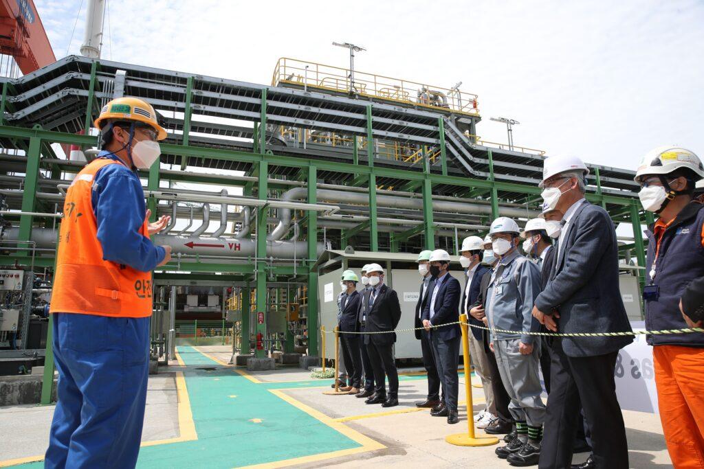 SHI's LNG regasification system demonstrates success