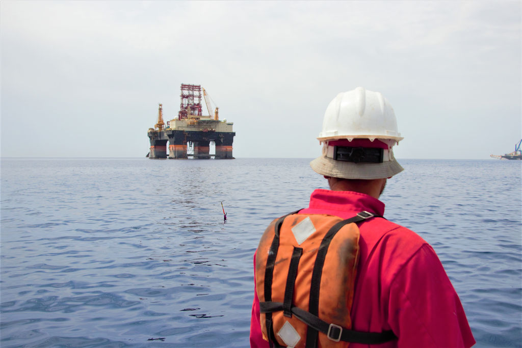 Photo showing Seaglider with rig in the background (Courtesy of Cyprus Subsea)