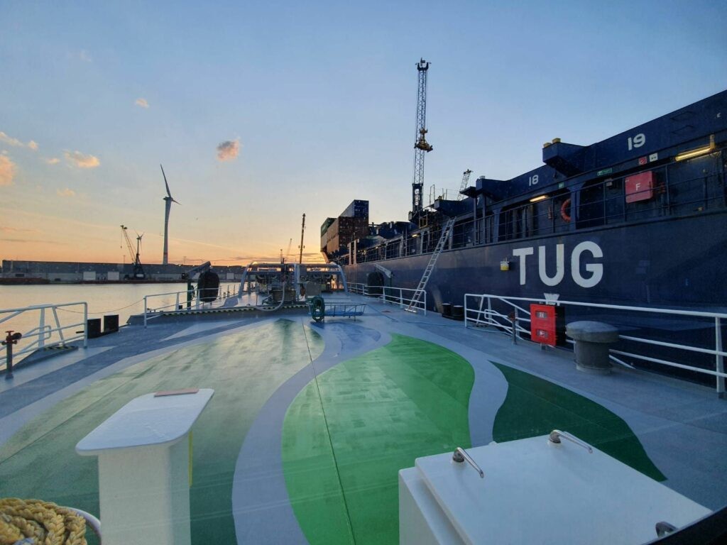 Titan LNG bunkers Wes Amelie at Port of Antwerp