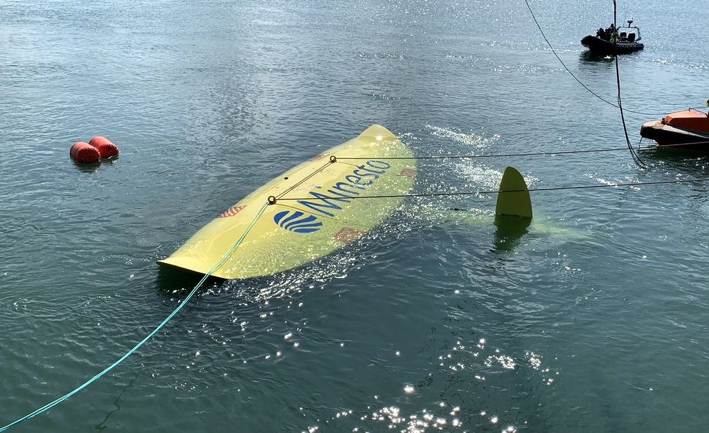 Photo of Minesto's Deep Green tidal kite (Courtesy of Minesto)