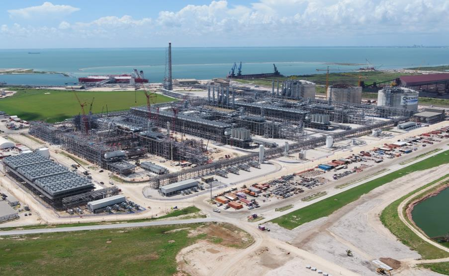 U.S. LNG exports dip in February 2021
