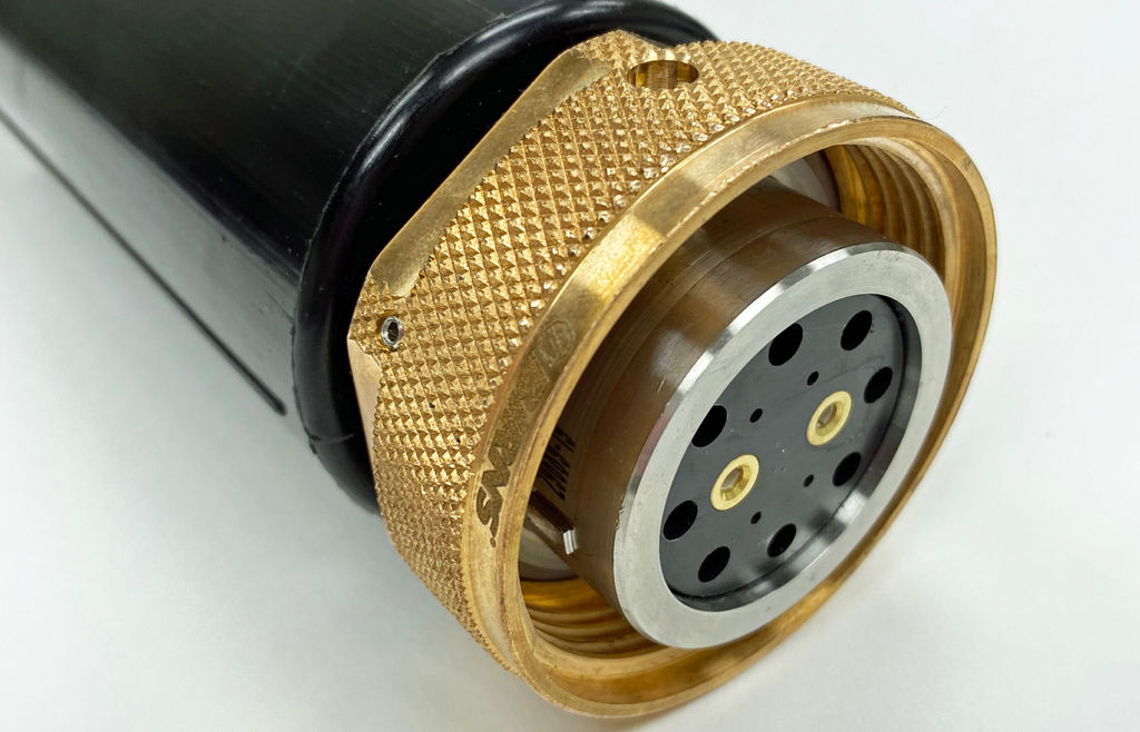 Photo of BIRNS Connector (Courtesy of Birns)