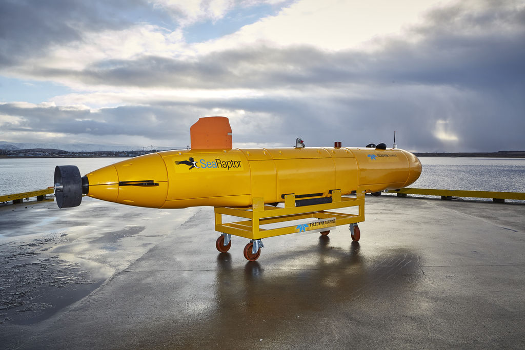 Photo showing SeaRaptor 6000 deep-water AUV (Courtesy of Argeo)