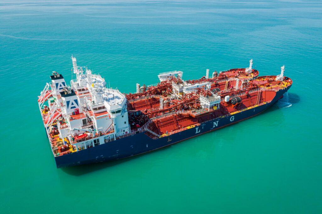 Avenir Accolade completes first LNG bunkering off Malaysia