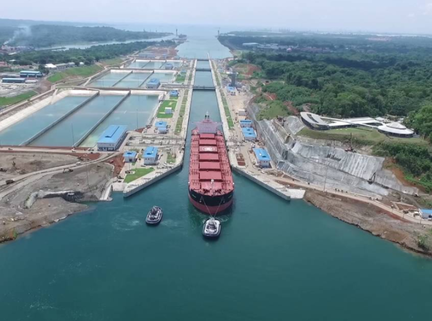 Bulker passing through the Panama Canal