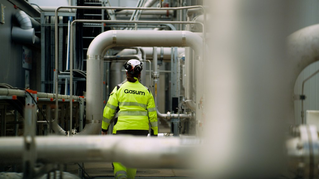 Gasum opens Sweden's first liquefied biogas plant