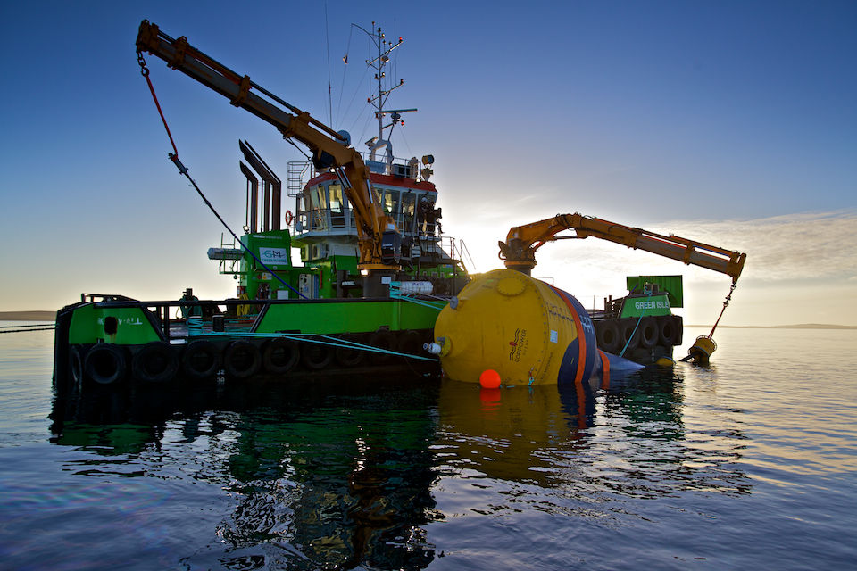 Photo showing mooring installation work involving CorPower's C3 wave energy device (Courtesy of UMACK/Photo by Colin Keldie)