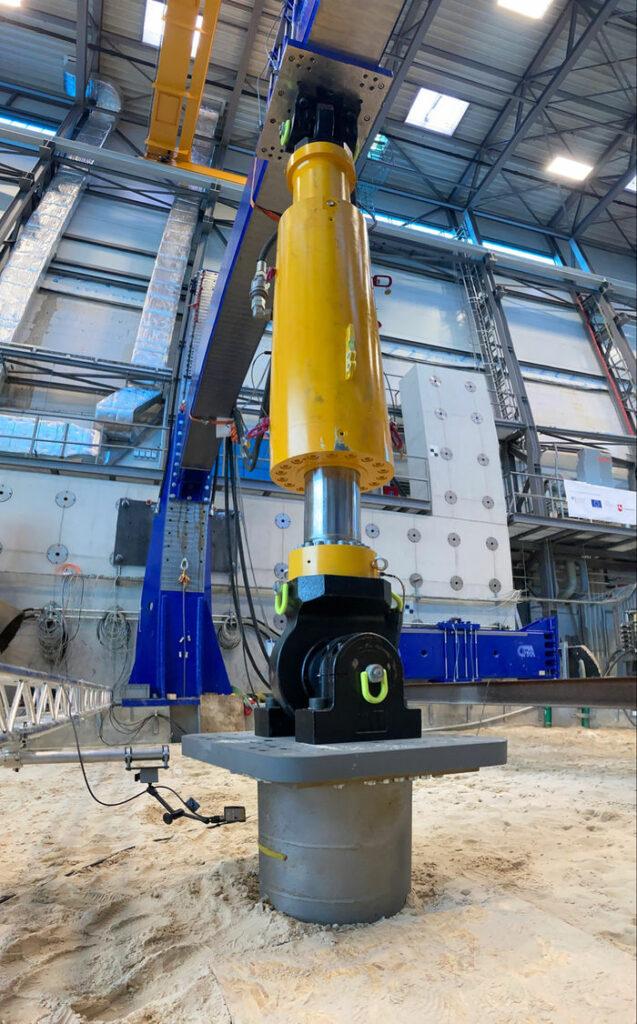 Photo showing scaled UMACK test anchor under load test at IWES facility (Courtesy of UMACK)