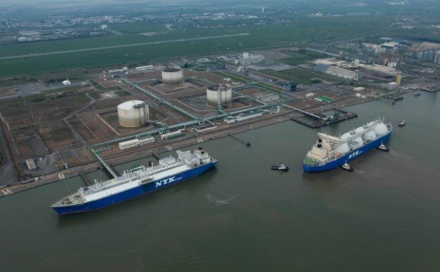 Leak at Montoir-de-Bretagne LNG terminal halts send-out