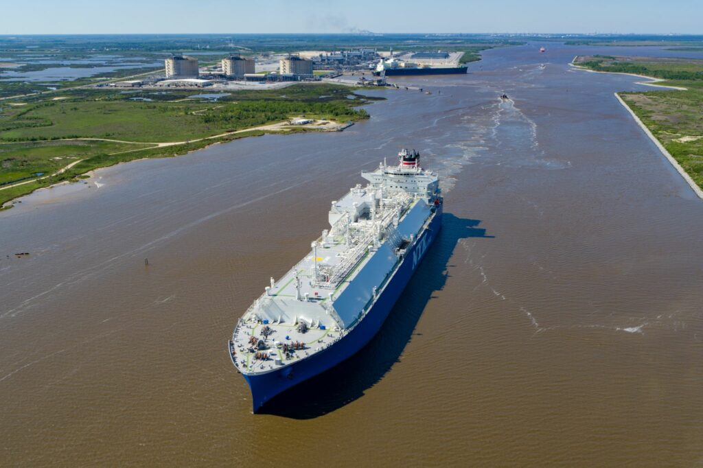Total strikes LNG supply deal with ArcelorMittal