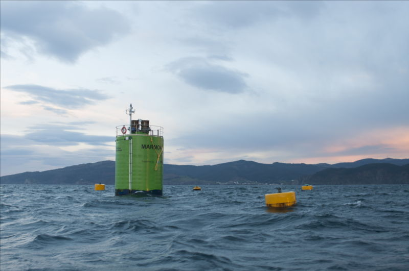 Illustration/Marmok-A5 wave energy device deployed off Basque coast at BiMEP test centre (Courtesy of EVE)