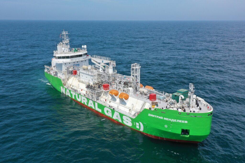 Gazprom Neft's LNG bunkering vessel completes sea trials