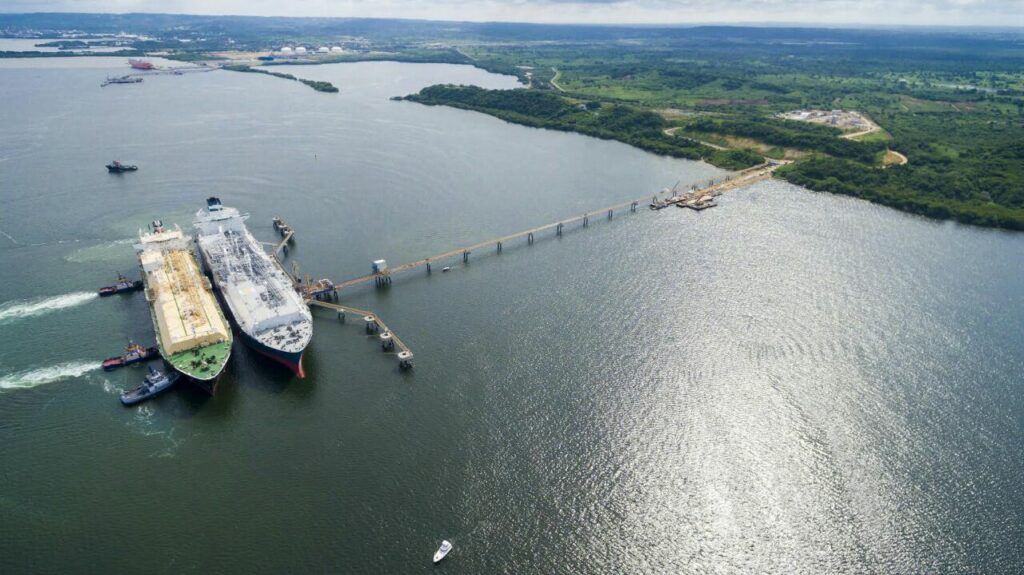 Höegh LNG goes in green hydrogen shipping with Gen2