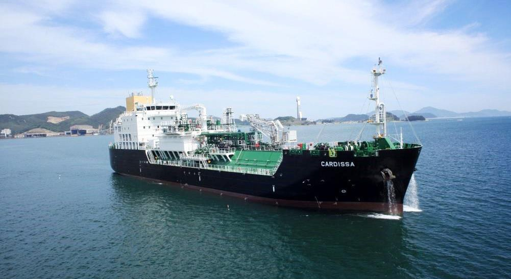 Shell sells Cardissa LNG bunker to Pan Ocean