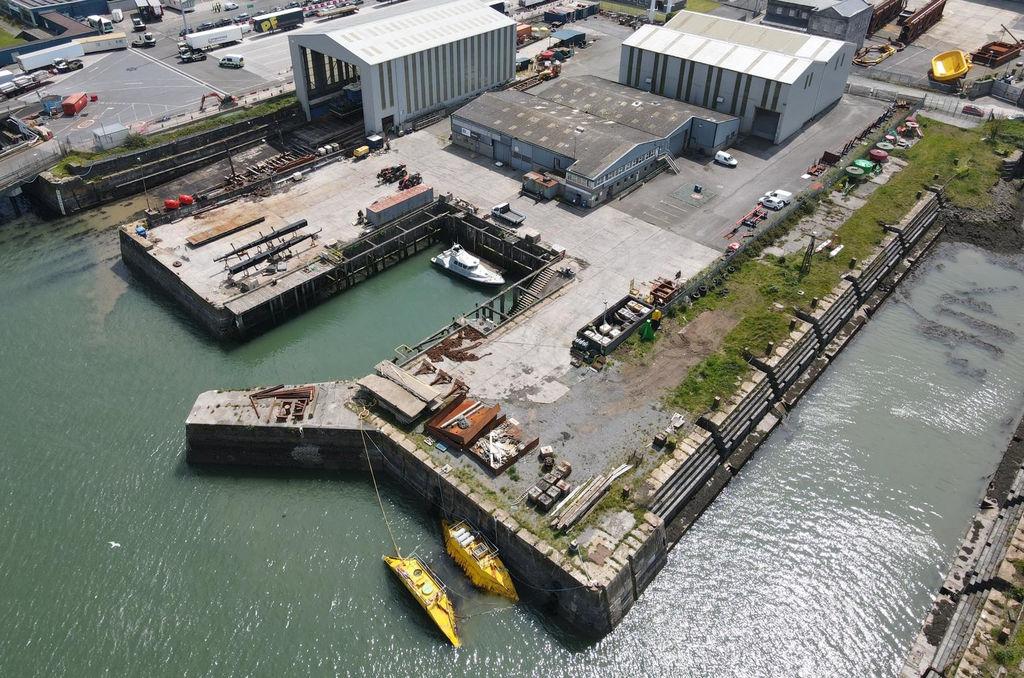 Photo showing Subhub platform at Pembroke Dock (Courtesy of QED Naval)