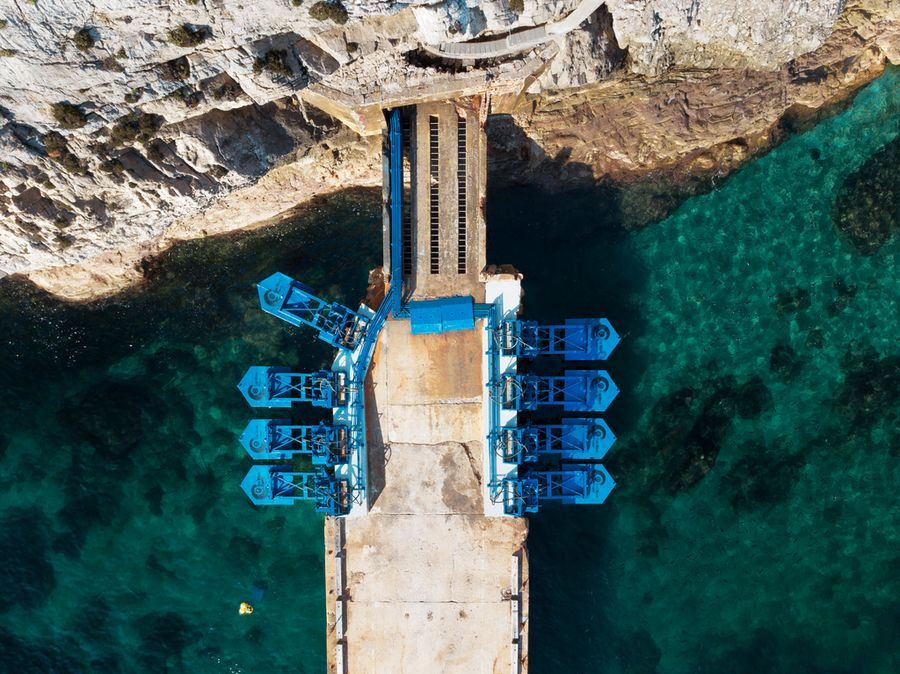 Illustration/Eco Wave Power's Gibraltar wave power plant (Courtesy of Eco Wave Power)