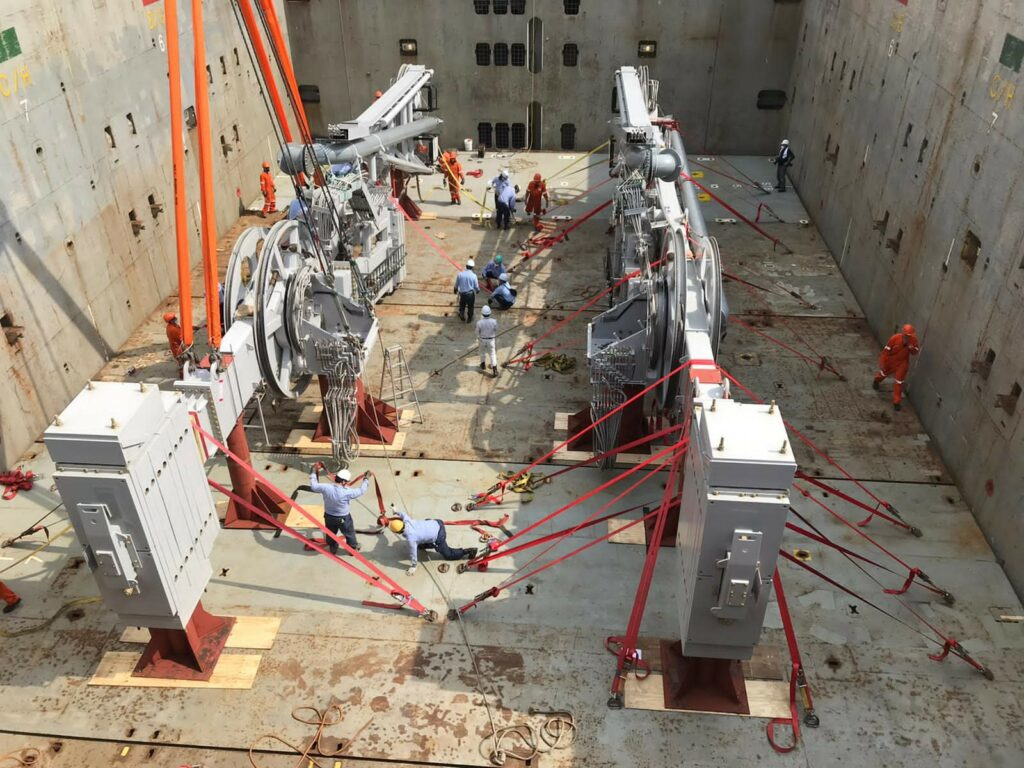 Sakhalin II gets LNG loading arms replaced