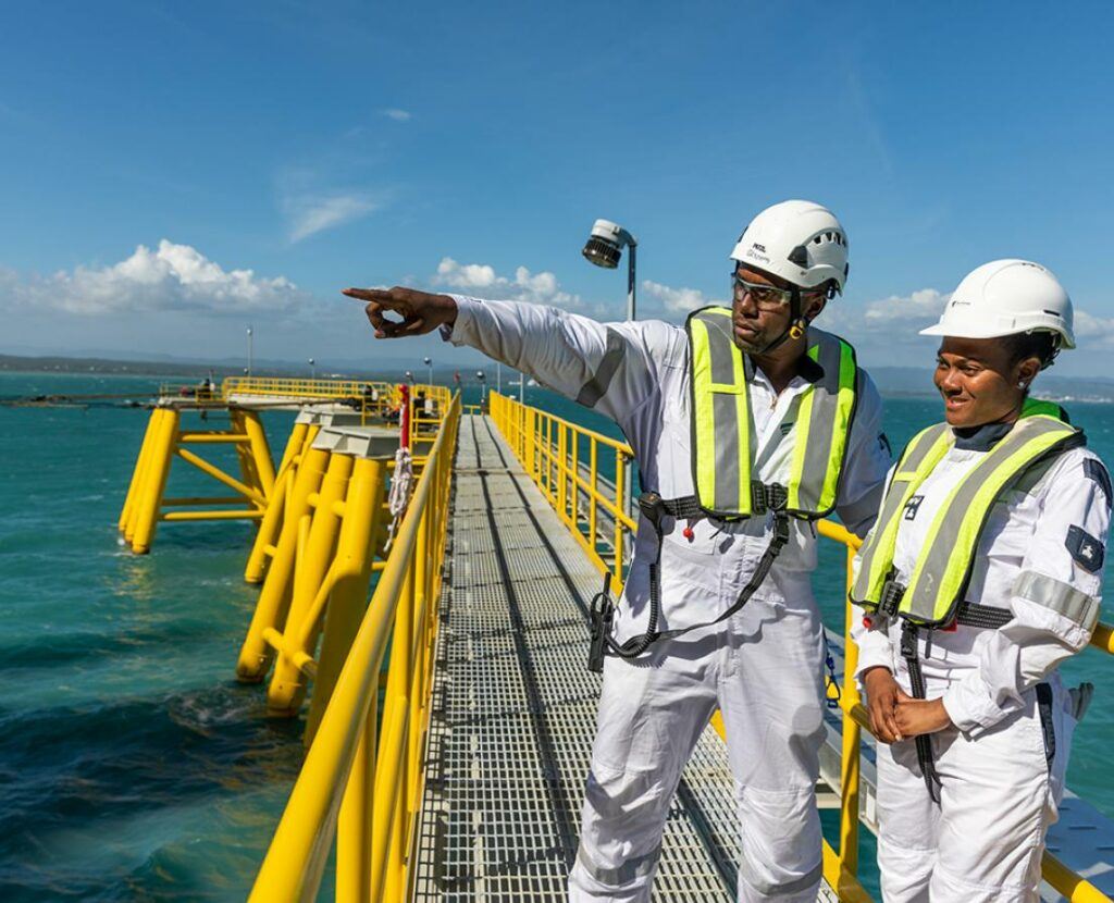 New Fortress Energy to construct Sri Lanka's LNG terminal