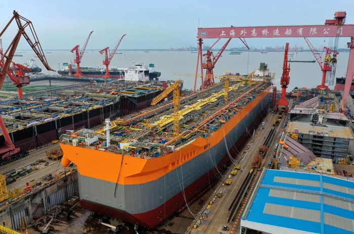FPSO H1498 out of dock