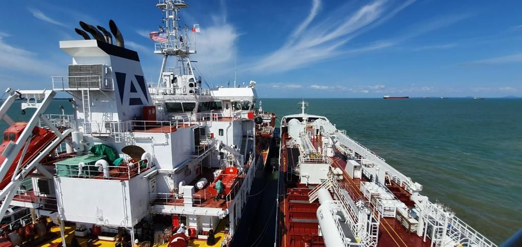 LNG-fueled Fure Viten completes bunkering operation