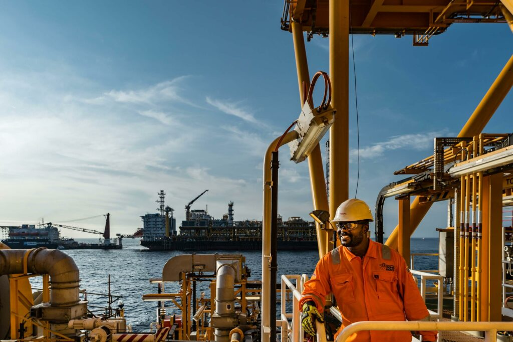TotalEnergies and Technip to advance low-carbon solutions for LNG and offshore facilities