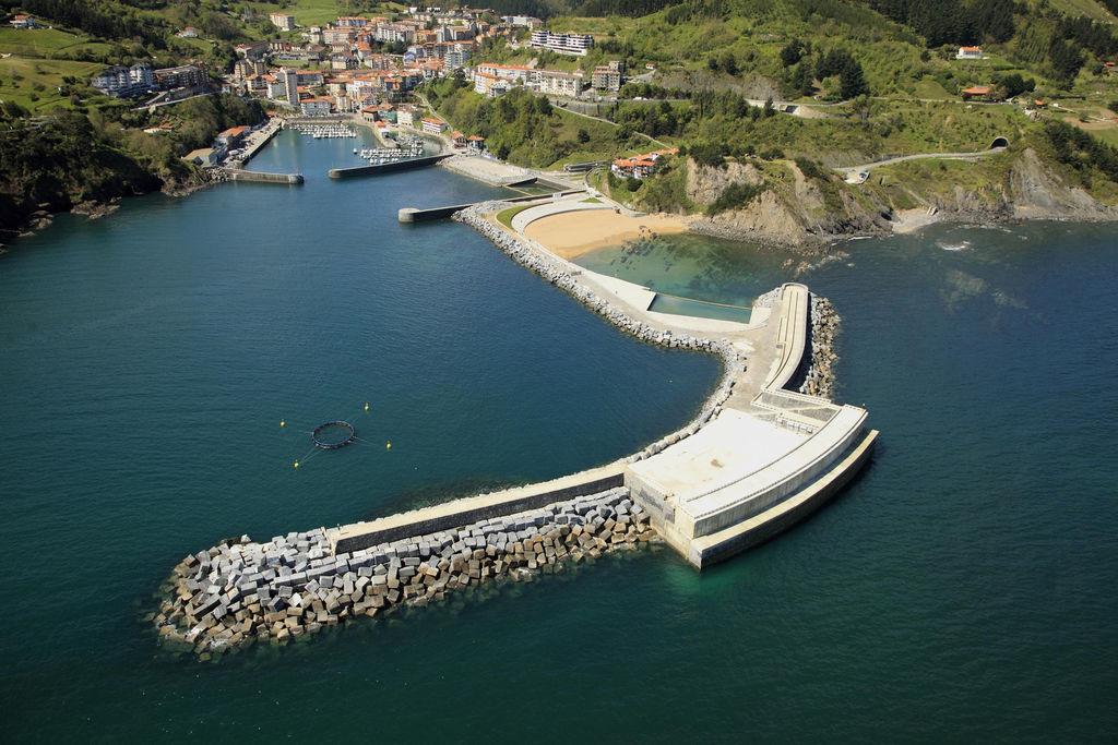Photo showing the Mutriku wave power plant (Courtesy of Arantxa Tapia)