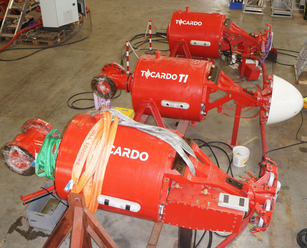 Photo showing T1 tidal turbines to be featured on Subhub device (Courtesy of QED Naval)